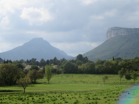 Stunning scenery - Hortus and Pic saint Loup